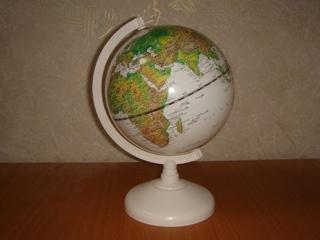 小さい地球儀